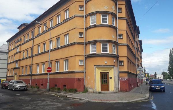 Výměna střešní krytiny a oprava fasády SPŠ Ostrava-Vítkovice 1