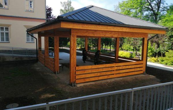 Stavební úpravy, altán a nové zpevnění plochy v areálu Střediska sociálních služeb města Frýdlant nad Ostravicí 4