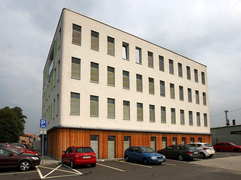 Pasivní budova Otazník