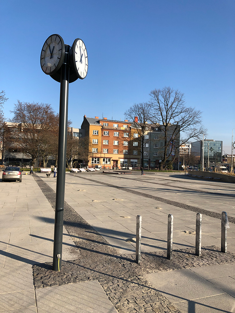 Rekonstrukce náměstí v Mariánských Horách – Dokončení 1