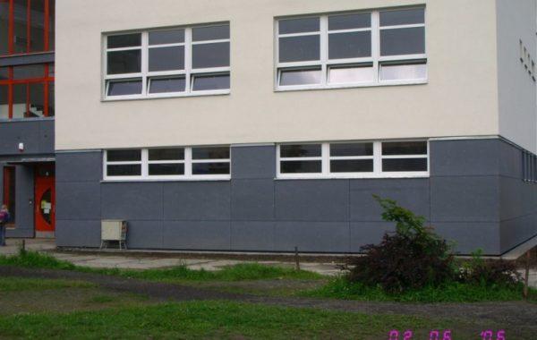 Základní škola Generála Píky - Kompletní rekonstrukce pavilonu B 2
