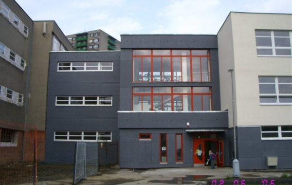 Základní škola Generála Píky - Kompletní rekonstrukce pavilonu B 11
